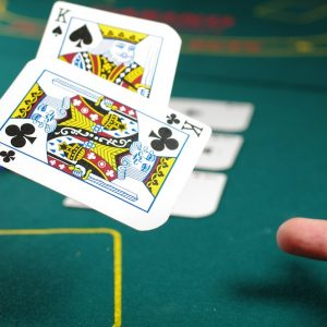 Learn How To Play Poker Games For Real Money
